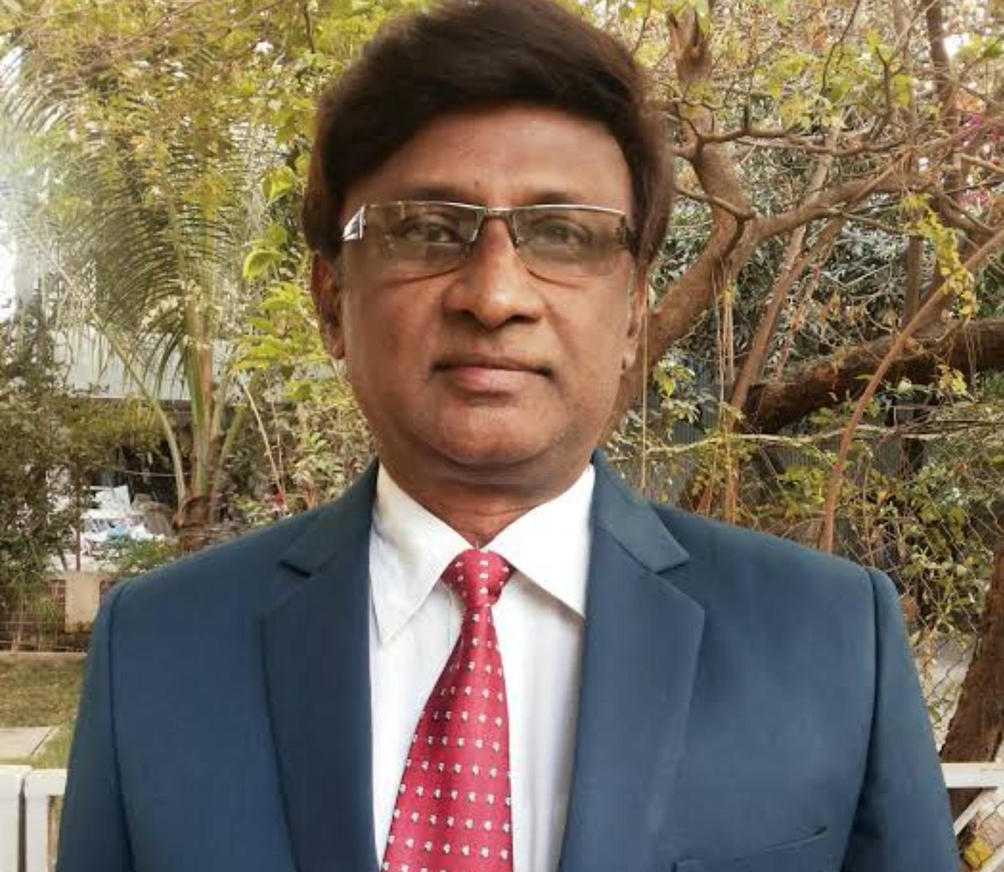 Dr. Neelesh Wadnap