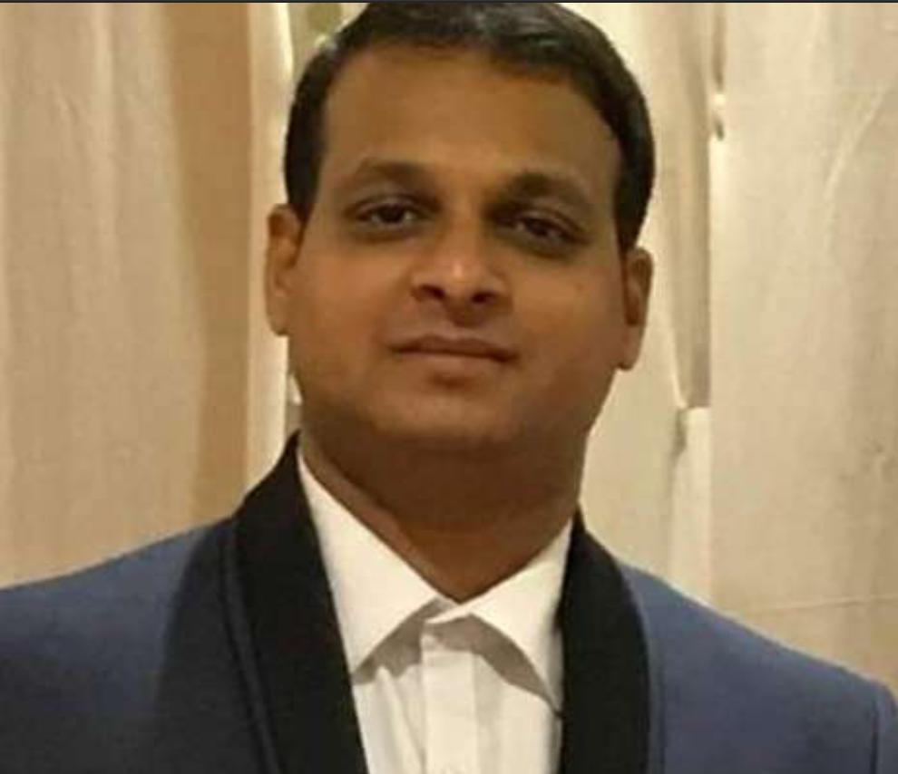 Dr. Sujit Kadrekar