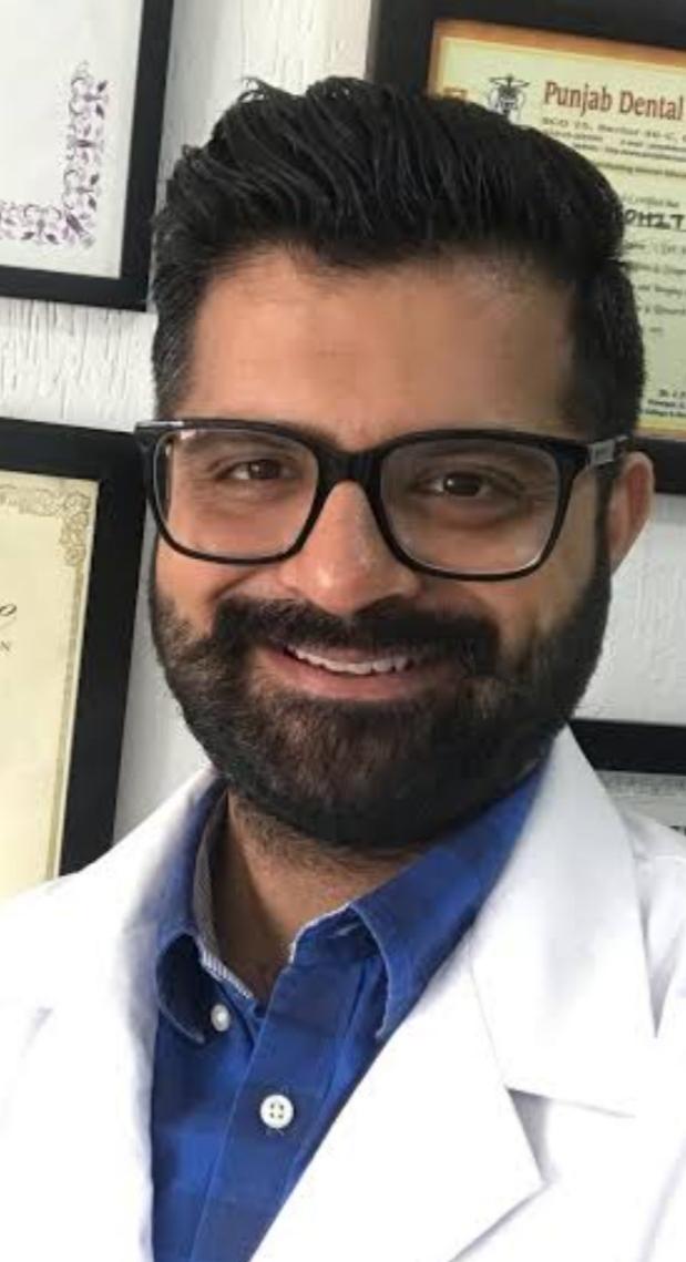 Dr. Mohit Makkar