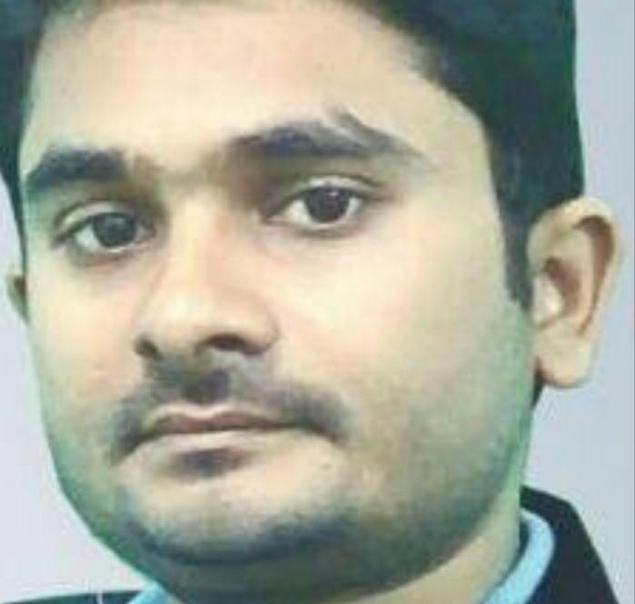 Dr. Navale Ajit Manik