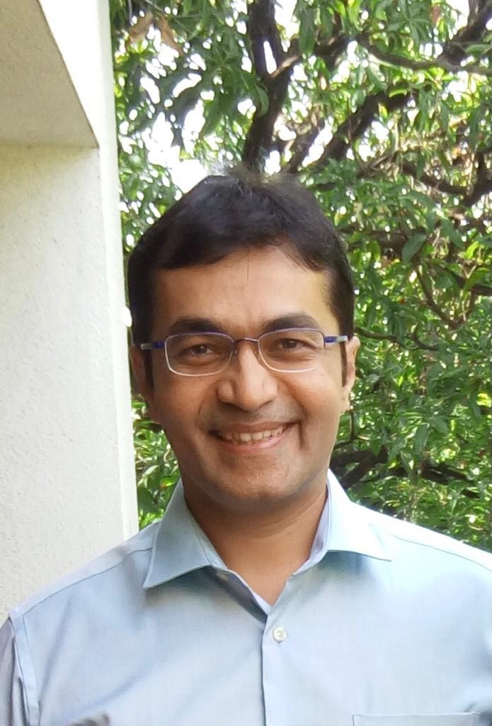 Dr. Sameer Madhukar Potnis