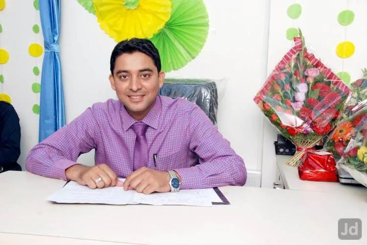 Dr. P Raveendran